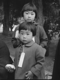 mochida family children waiting for bus
